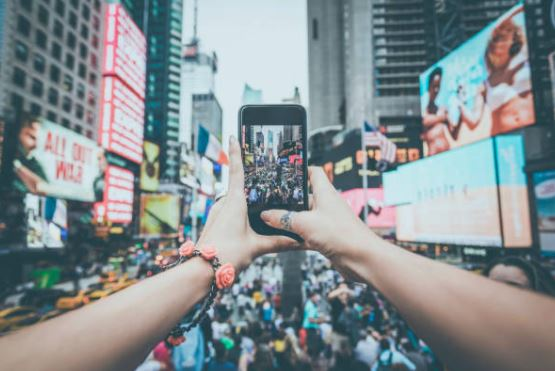 Lorraine Simpson: Vancouver's Loop Insights grows in the $355-billion digital advertising market